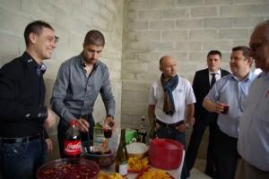 Jean-Mickael et Kévin assurent le service